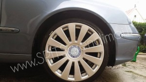 Mercedes-Benz ratlankių gaubtų lipdukai